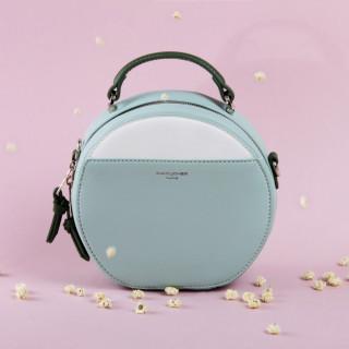 Яркие и необычне сумки - фотография