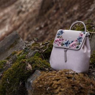 Рюкзак для прогулки - фотография