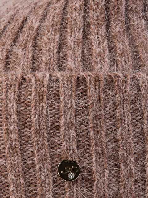 Темно-бежевая шапка FERZ (FERZ) - артикул: 0К-00032186 - ракурс 2